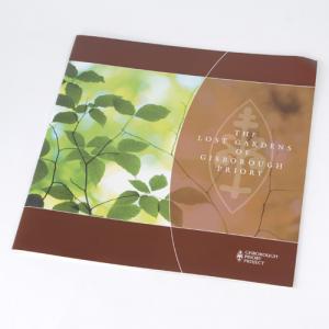 Brochures Carré Moyen :: 100g recyclé :: 04pp