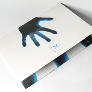 400gsm 2-panel Matt Lam Peel & Stick Folders